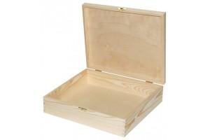 Medinė dėžutė su spynele 1640