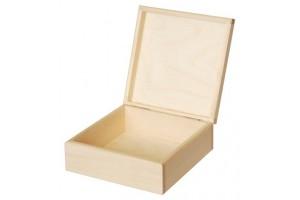 Medinė dėžutė kvadratinė 1698