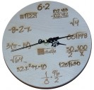 Medinis laikrodis su logotipu 22 cm.