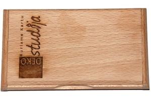Dėklas vizitinėms kortelėms, su logotipu, 10,8 x 6,6x1,3cm.