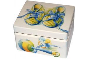 Box - decoupage, 16,5x13x10 cm.