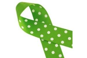 """Žalia su baltais taškeliais juostelė, """"grosgrain"""", 22 mm., 1 metras, 011208"""