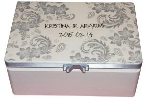 Dekoruota dėžutė vestuvėms 35x24x15 cm.