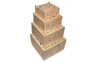 Medinės dėžutės ažurinės kvadratinės komplektas 4 vnt. RD67