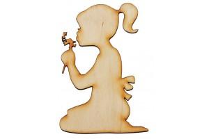 Medinė dekoracija mergaitė 6x9 cm. Gift7