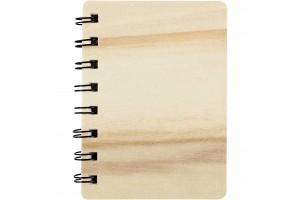Užrašų knygelė mediniu viršeliu 8,5x11 cm.