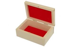 Medinė dėžutė raudonu pamušalu didesnė 1263