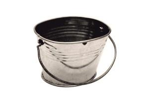 Metalinis kibirėlis 7x5,5x6 h.