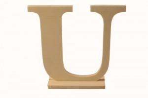 Medinė pastatoma raidė U 15,5x4x15 cm.