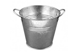 Metal bucket: 11x10 cm.