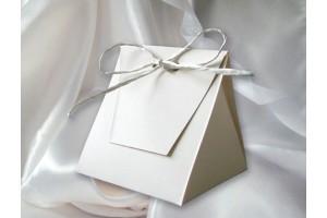 Dėžutė svečių dovanėlėms