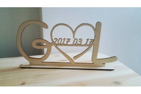 Wooden letter H 15 cm.