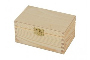 Wooden Box 15x9,5x7,5 cm. 1827