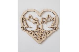 Medinė dekoracija balandžiai širdelėje 15x15 GIFTN-26