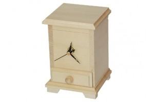 Laikrodis su stalčiuku 1366