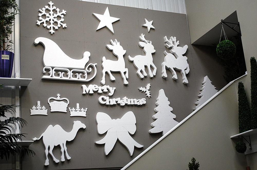 Kalėdinės dekoracijos didelėms patalpoms